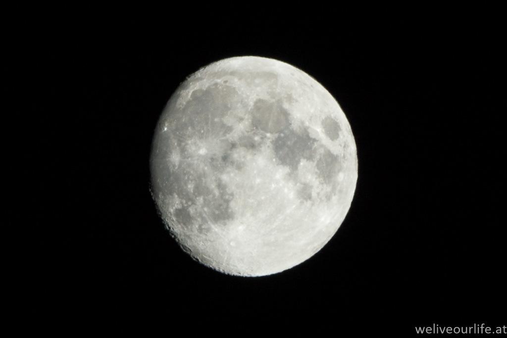 Mond vom 4. November 2014