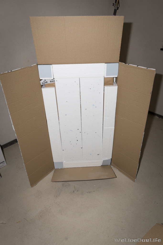 Jetzt ist der große Karton an der Reihe.