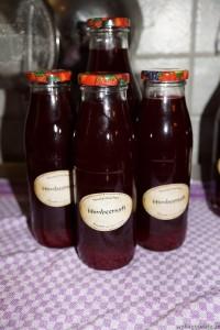3x0,5l und 1x1l Flaschen der Rest war Schwund ;-)